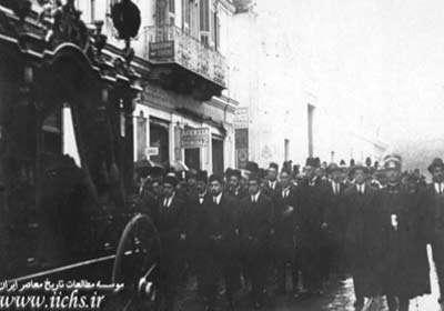 تشییع جنازه محمدعلی شاه در ایتالیا/تصاویر