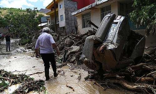 مقصران سیلاب استعفا دهند