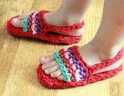 خطر کفش تابستانی و نور آفتاب برای کودکان