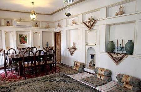 خانه زیبا و ساده