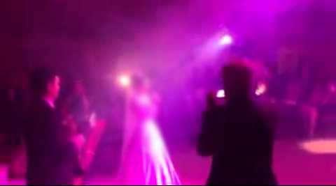 رقص گروهی با خوانندگی عروس ها! <br>