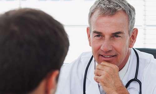 چطور پزشکان با معاینه مریض ها، بیمار نمی شوند؟