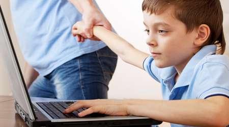 لپ تاپ و کودک