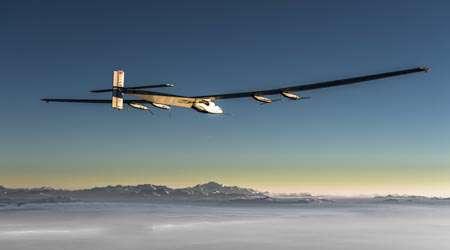 هواپیما با سوخت خورشیدی