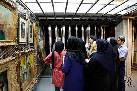دیدار خبرنگاران از گنجینه موزه هنرهای معاصر تهران