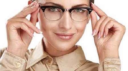 آرایش برای خانم های عینکی