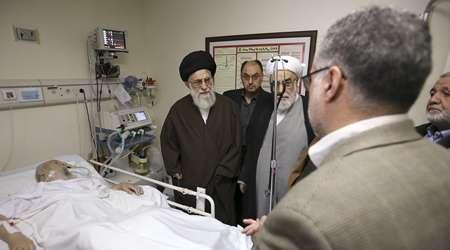 موسوی، موسوی اردبیلی، رهبر انقلاب، عیادت، بیمارستان، انقلاب، سید علی خامنه ای، آخرین اخبار