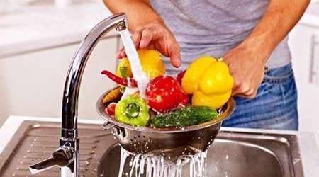 شستن میوه و سبزی