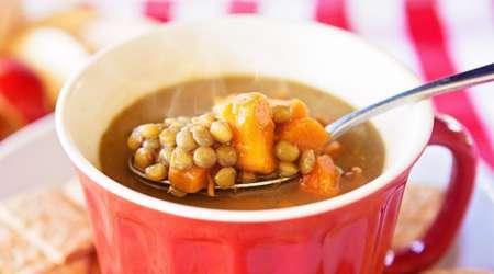 عدس در سوپ