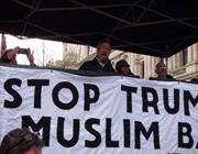 بريطانيون ينددون بشدة بقرارات ترامب المعادية للاجئين والمسلمين