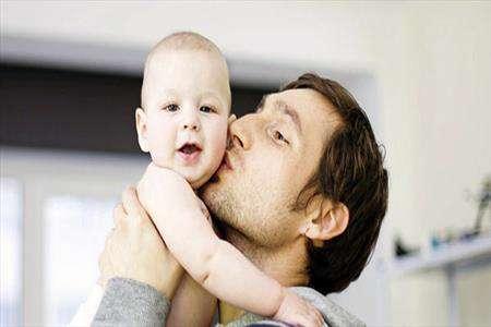 رابطه پدر و نوزاد