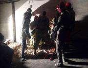 انتشال 3 جثث اخري من تحت انقاض مبني بلاسكو بطهران