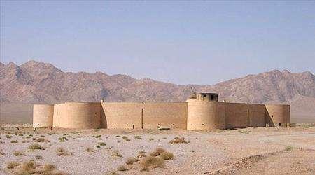 تنها کاروانسرای دایره ای ایران